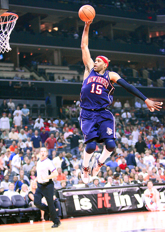 vince carter dunk. Carter helped the Nets win