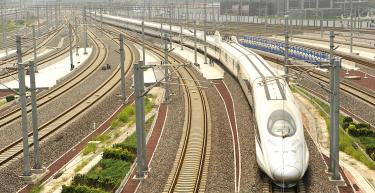 China bullet train firm halts some production - Taipei Times