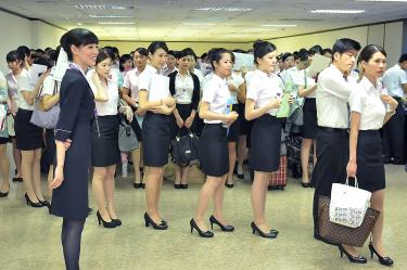 Transasia Hiring Attracts Over 1 000 People Taipei Times