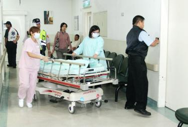 A Patient Is Rushed To Hospital In Greater Taichung On Sept 21 2011