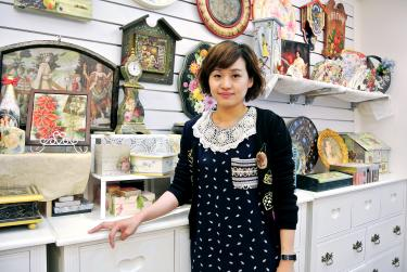 Elegant Home Decor Artist Huang Ssu Wei Poses With Items Decorated Using Decoupage  Techniques At Her Studio