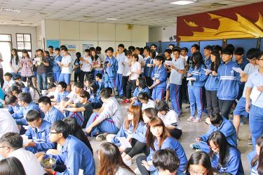 Students stage nationwide protest - Taipei Times