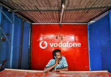 Vodafone invests US$7 2bn in India unit as Jio rolls out