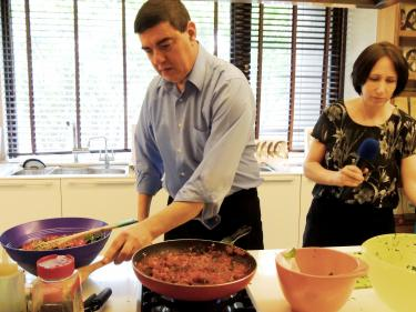 Chinese version of Israeli cookbook launched in Taipei