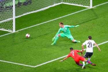 Sanchez makes history as Chile draw