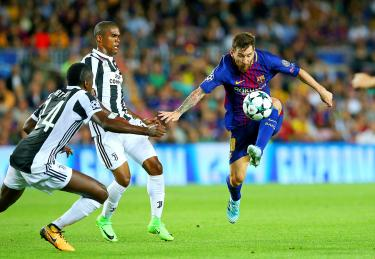 Lionel Messi finally conquers Buffon - Taipei Times