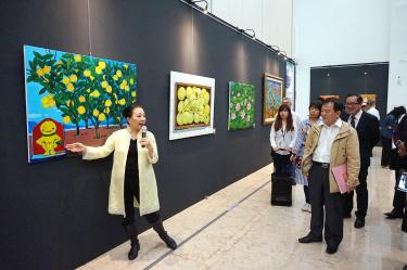 Chiayi County chief holds show for fundraising