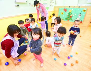 Ministry plans to combine subsidies for new parents