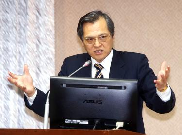 Nation must stop fixating on 'consensus': minister