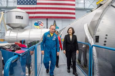 Tsai tours NASA's Johnson space center in Houston