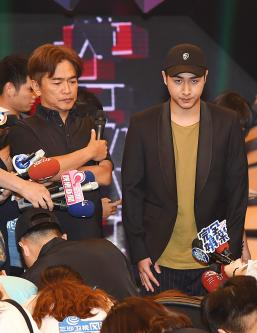 Rick Wu says sorry, father says his career might end