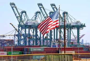 US trade deficit balloons as imports break record