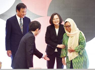 Indonesian NGO receives the TFD democracy prize