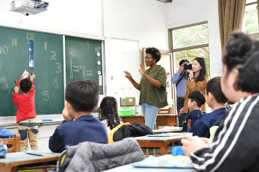 Foreigners to be allowed to take teaching exam