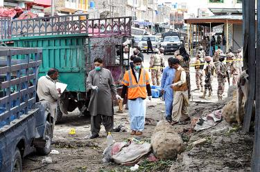 Suicide bomber kills 20, wounds 48 at fruit market in southwestern Pakistan