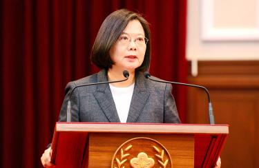 Virus Outbreak: Tsai halts preparations for her inauguration