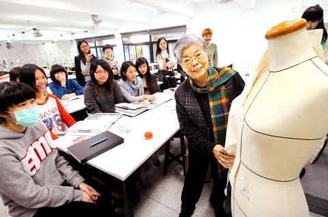 Teacher Inspires Fashion Students Taipei Times