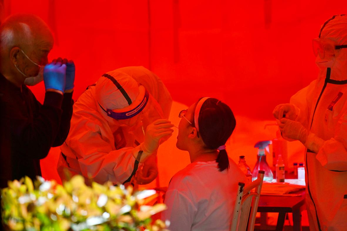 Scientists in China believe new drug can stop pandemic 'without vaccine'.