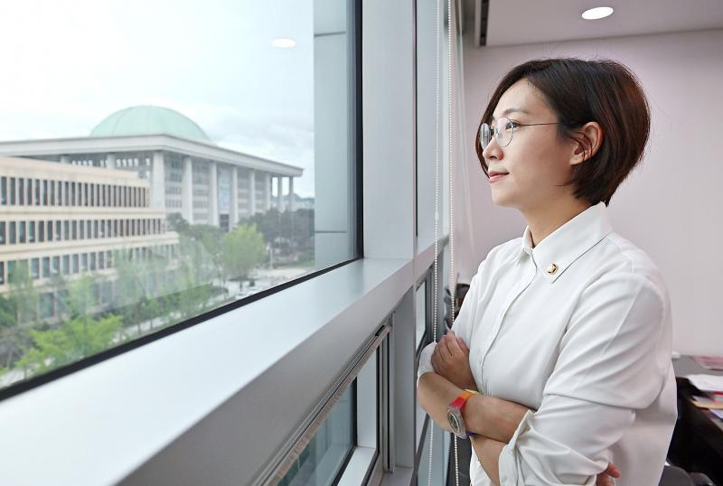 Childhood trauma driving equality push by South Korean MP - Taipei Times