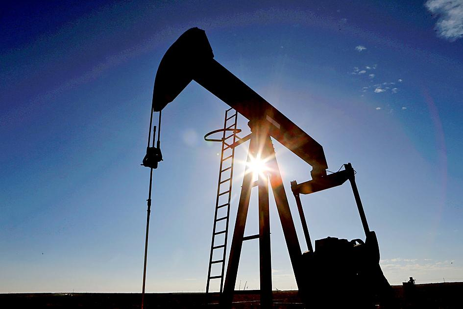 Asia turns to US for oil in energy crisis